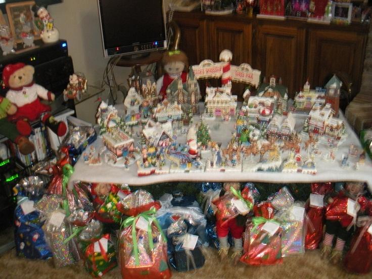 10 best Rudolph christmas village images on Pinterest | Christmas ...