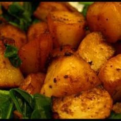 Slimming World Roast Potatoes with Oxo: use FryLight instead of oil #SlimmingWorld #Sides