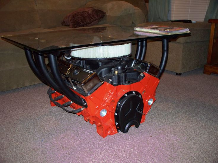 Coffee Table! 350 chevy motor. A must for your man cave!!!!