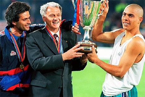 Jose Mourinho, Sir Bobby Robson(R.I.P),y Ronaldo Nazario. Recopa 1997