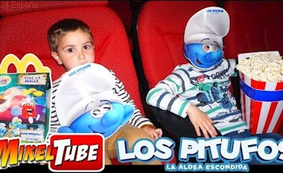 McDonald's con Juguete de LOS PITUFOS La Aldea Escondida y Cine en nuestro Vlog.