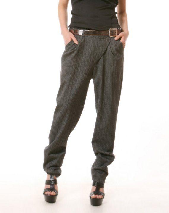Unique unsymmetrical grey strip pants - Style 1