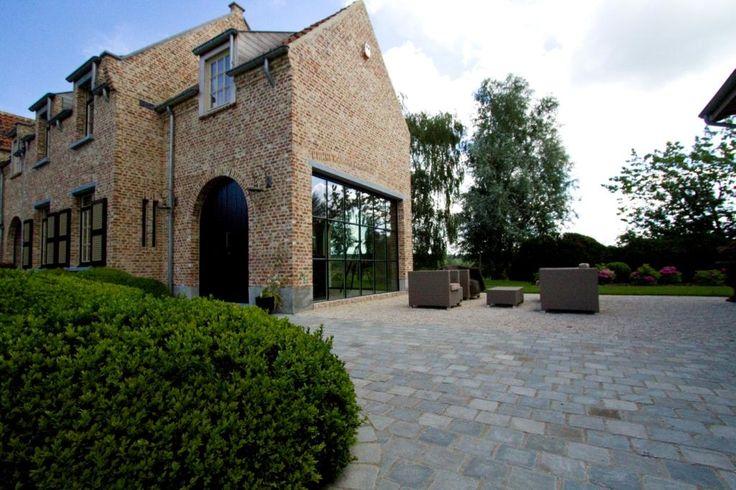 Recup stenen met zwarte ramen idee n huis pinterest ramen villas and met - Decoratie recup ...
