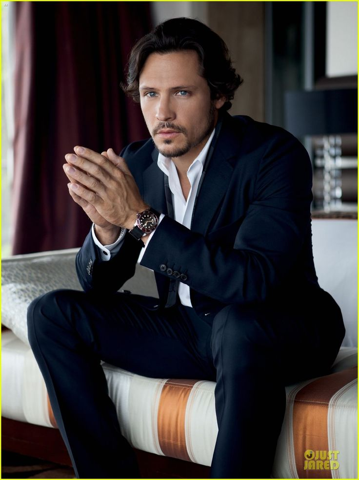 Nick Wechsler Covers 'Prestige Indonesia' August 2013 | nick wechsler covers prestige indonesia august 2013 02 - Photo