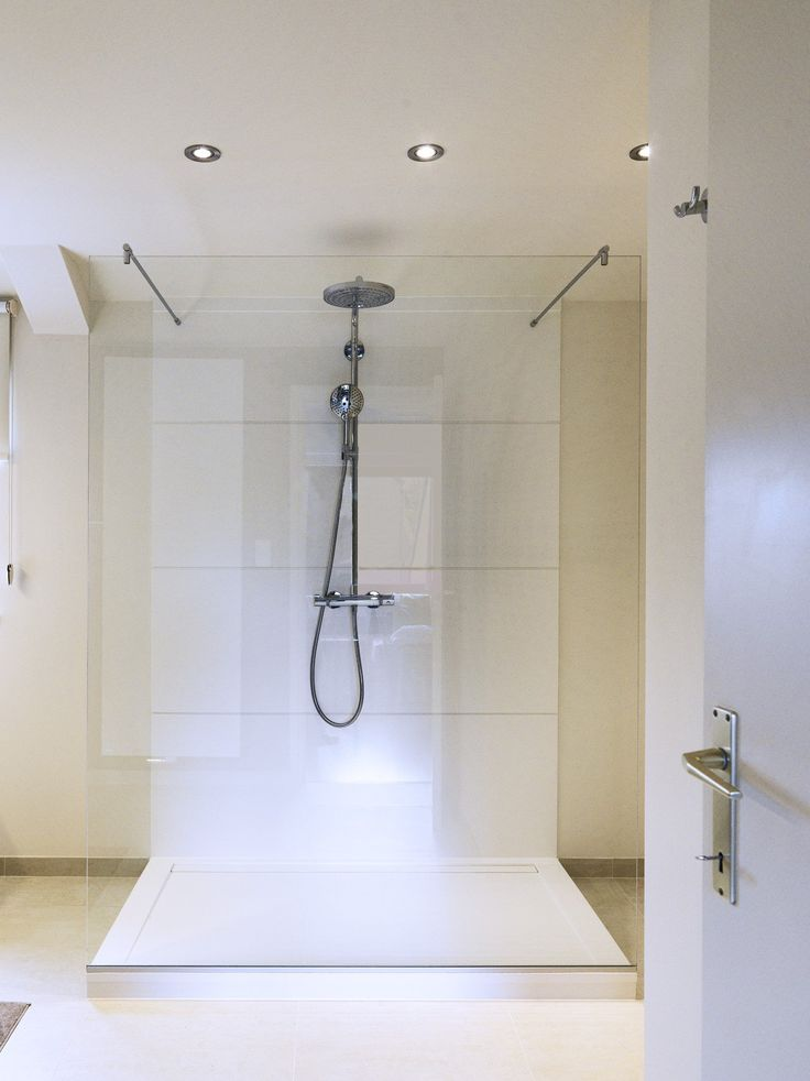 Walk In Shower By Dzignstone Solid Surface Wall Panels And Shower Tray Badkamer