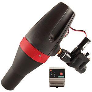 El sensor de nivel y la unidad de radio GSM/GPRS con el sistema de alimentación mediante energía solar o micro turbina, trabajan en conjunto para garantizar un punto de medición fiable y de transmisión de datos completamente autónomo, y fácil de conocer en la distancia.