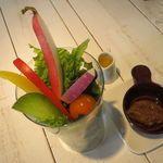 アインソフ ジャーニー - 料理写真:サラダパフェ 味噌ベースのバーニャカウダ又は自家製ヴィネガー・ドレッシングで1