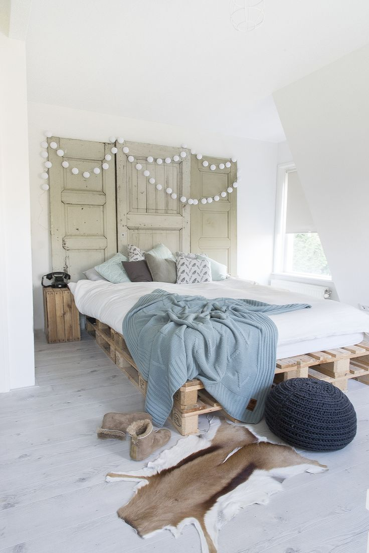Beautiful Scandinavian design with up cycled pallet wood