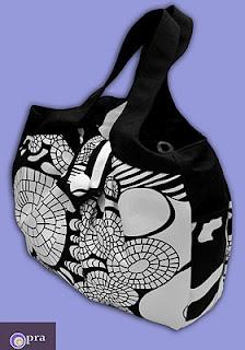 black-white cosmo bag