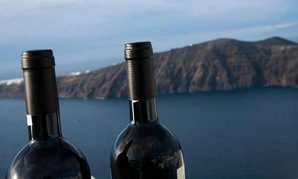 Palates Warming Up for 1st Santorini Int'l Wine Tourism Congress