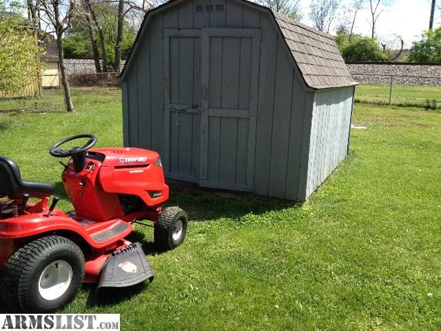 """ARMSLIST - For Sale/Trade: Riding Mower, Lawn Tractor, 42"""" Cutting, 2 Blades 17.5 H.P. Barn-Shed"""