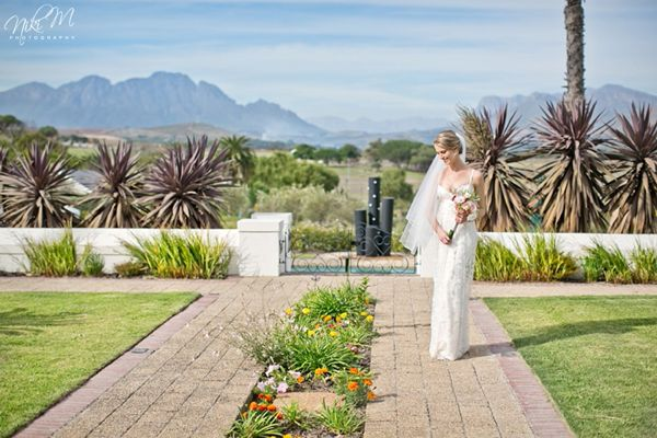 A Guide to Destination Weddings in #CapeTown via Runaway Romance - Full Post: http://www.brideswithoutborders.com/articles/destination-weddings-cape-town-south-africa Image: Niki M Photography