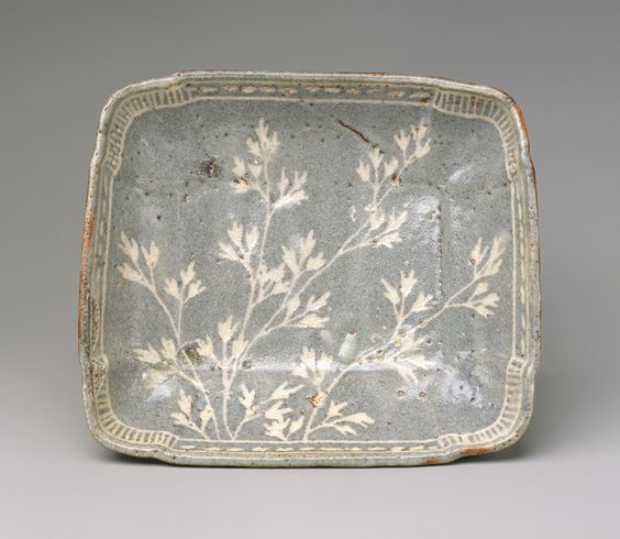 Dish with design of grasses, Momoyama period (1573–1615), late 16th–early 17th century  Japan  Stoneware with decoration incised through iron-rich clay slip (Mino ware, gray Shino type):