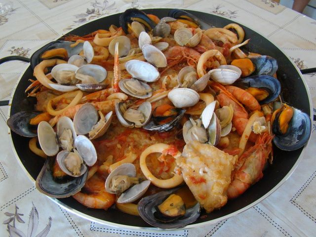 Zarzuela de pescado y marisco f cil recipe recetas for Cocinar zarzuela