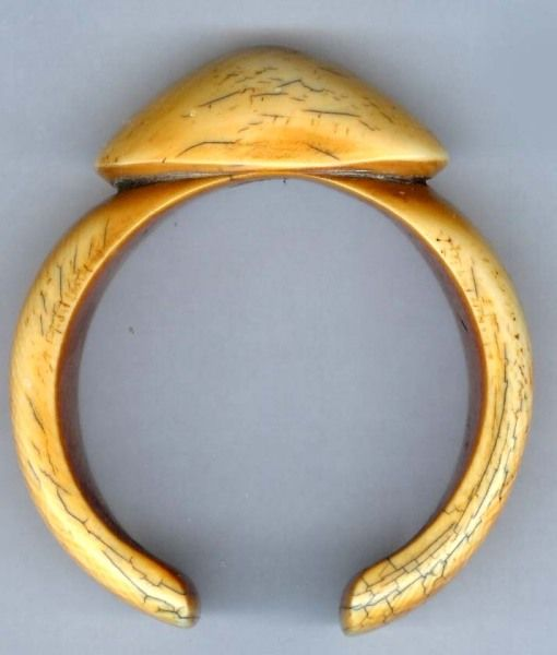 A rare ivory bracelet. Worn by women if High Status.Bamum, Cameroon. Posted by Linda Pastorino.