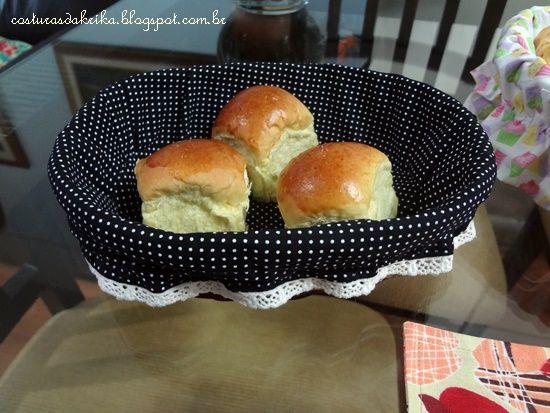 cestinha de pão...tecido poá http://costurasdakrika.blogspot.com.br