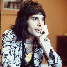 Freddie Mercury Biography - Facts, Birthday, Life Story - Biography.com