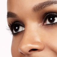 Mobile beauty therapists to your home.