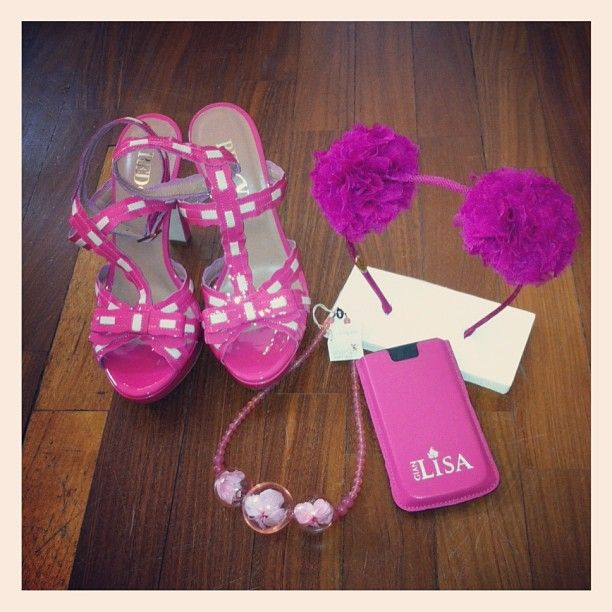 Red Valentino shoes,Eugenia Kim headband, Margot necklace , Gianlisa iphone case