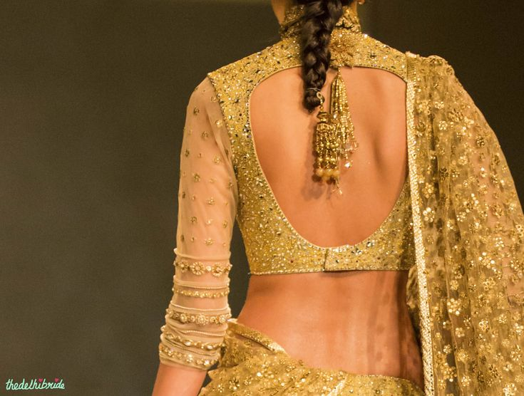 I went to the Tarun Tahiliani Couture Exposition last week. Followed by a visit to the Tarun Tahiliani stall at the Vogue Wedding Show. Followed by Tarun Tahiliani's show that opened India Bridal F...