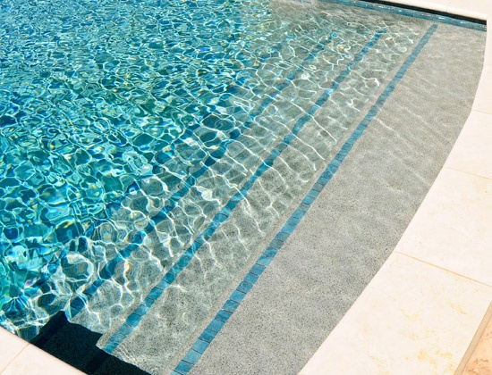 Pools with trim tile on steps residential swimming pool for Swimming pool tile pictures