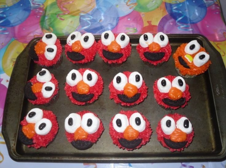 Fun Ideas for the kids ....: Elmo Cupcakes From, Pinch Recipes, Elmo Cupcakesfrom, Elmo Cupcakes So, Desserts Cakes, Cupcakes Recipes, Recipes Club, Cups Cakes, Cupcakes Rosa-Choqu