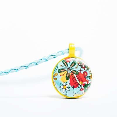 Childrens Pendant two lyttel buttons