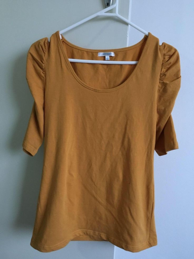 Check this out on Remoda! Valley Girl mustard top. http://remoda.io/share/47671