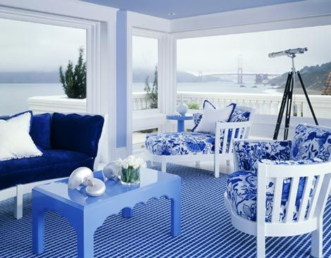 Blue and white: San Francisco Bay, this house and its ocean-view family room offer views of the Golden Gate Bridge and the Pacific.