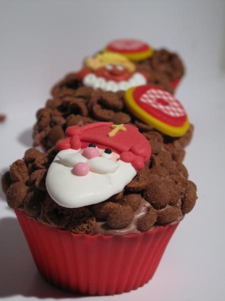 Cupcake met mini-pepernootjes en een zoete Sinterklaas