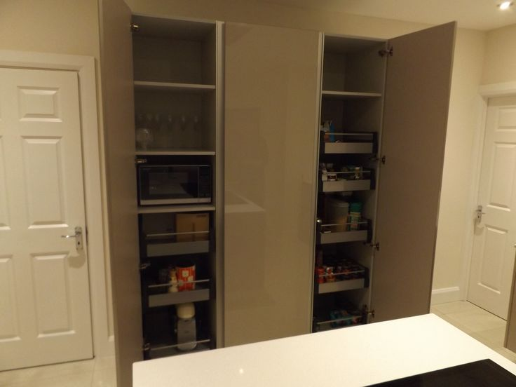 Gola Handleless tall units by Newhaven Kitchens and Bedrooms, Carlow