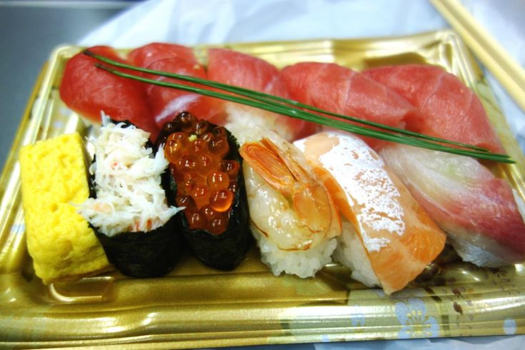 [GRANSTA]築地竹若「上にぎり」 東京駅のグランスタで買えるおすすめ弁当17選。毎日が食の祭典! - Find Travel