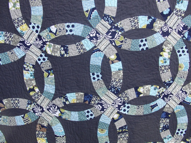 double wedding ring pattern quilt