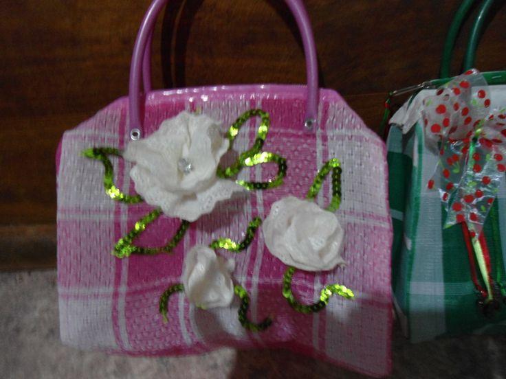 Pin by Laux More on Bolsas decoradas | Pinterest
