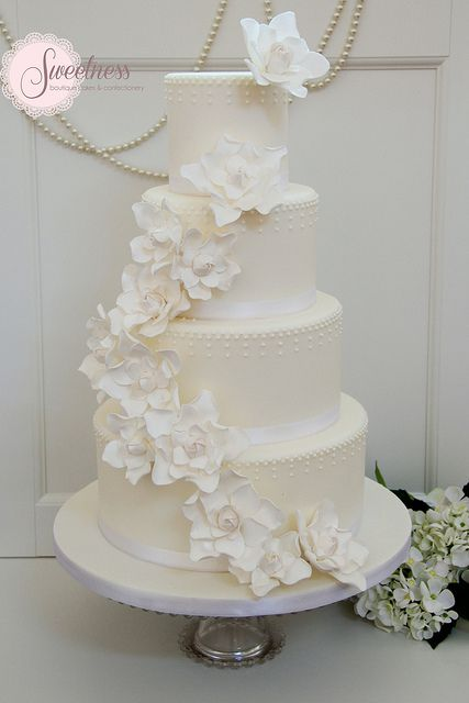 Wedding Cake. White Gardenia Wedding Cake. www.sweetnessonline.co.uk | Flickr - Photo Sharing!