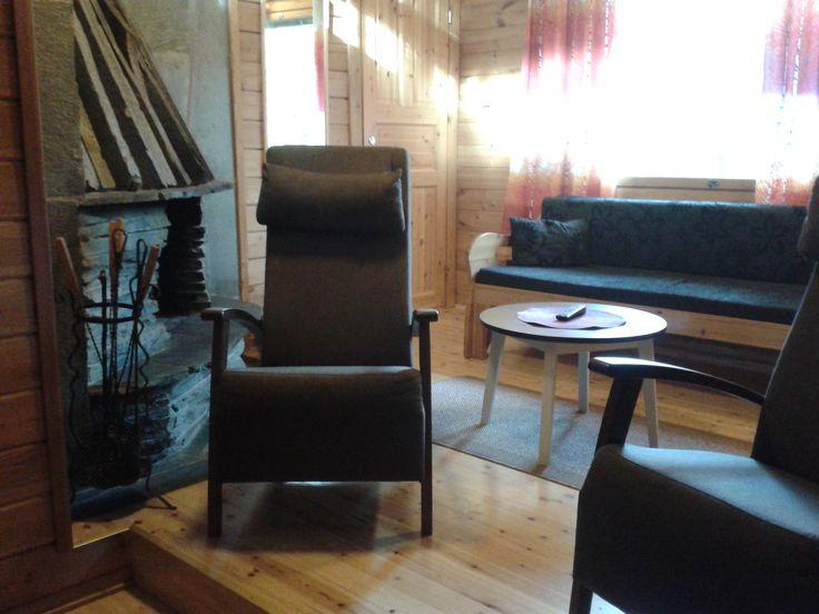 Rinnemökki 80m2, numerot 4-10. Cabin 80m2, numbers 4-10.