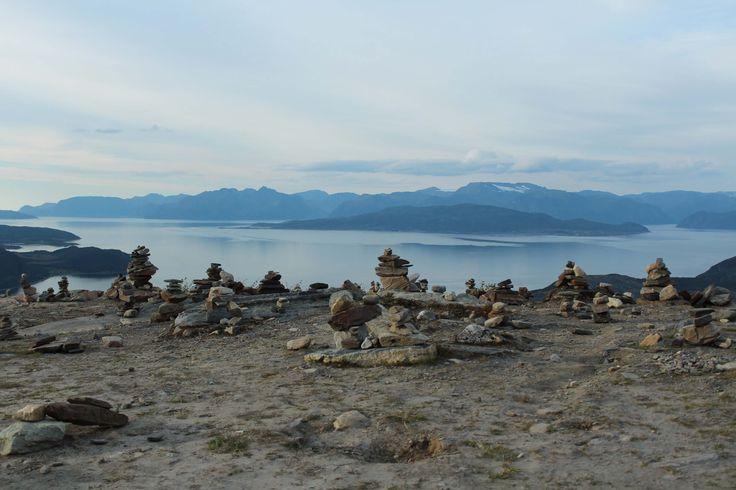 Steintürmchen in Norwegen bei unserer Rundreise durch Skandinavien