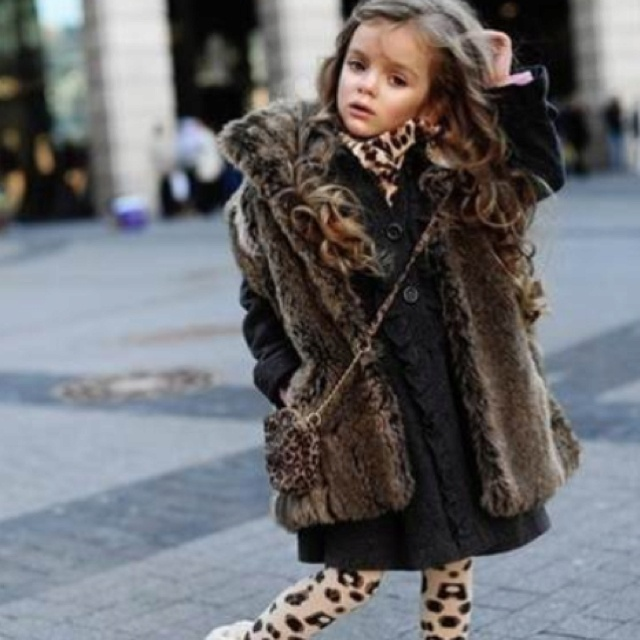 Little girls in giant fur coats | kids fashion | Pinterest | Fur ...