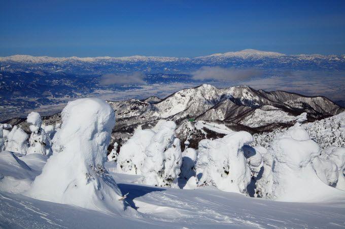 'Snow monsters' at Gassan, Japan. Ski season runs from April to July!