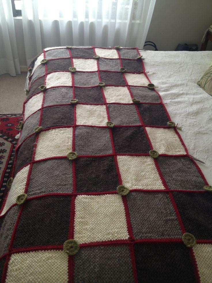 Piecera telar con detalles a crochet
