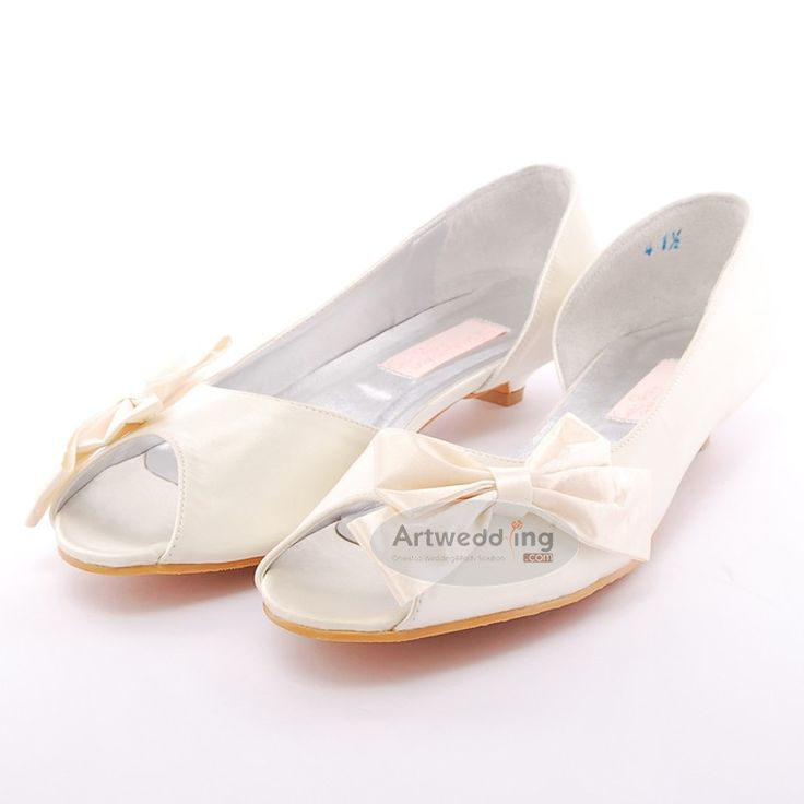 ivory peep toes satin low heel wedding shoes with bowknot. Black Bedroom Furniture Sets. Home Design Ideas