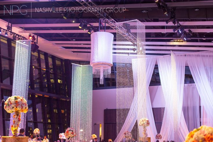 Planner: Angela Proffitt Venue: Country Music Hall of Fame, Nashville Photographer: Nashville Photography Group