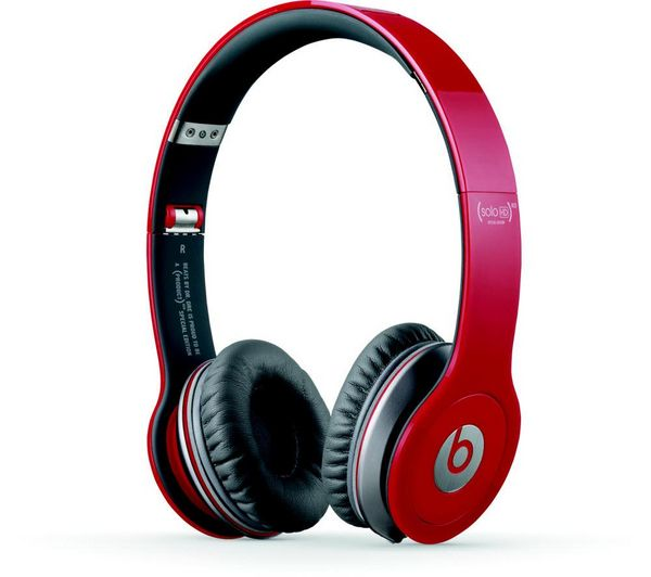 #PassionatePins #BeatMaster - #Beats Solo HD Headphones Rock music and hitting the festivals in summer. :)