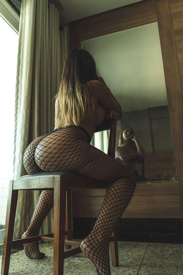 Różowa Rikki Six   sexeo.pl - darmowe zdjęcia erotyczne