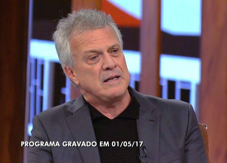 Bial mostra a que veio, mas peca por entrevista desatualizada na estreia