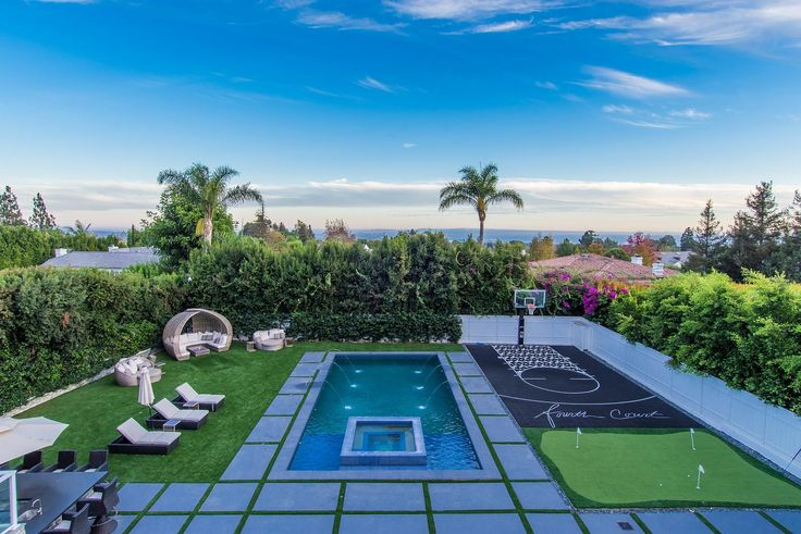 Even basketball stars sometimes miss their shots. And for Los Angeles Clippers star DeAndre Jordan, the flip of his Pacific Palisades, CA, mansion was just that. DeAndre bought the seven-bedroom, 10-bathroom estate in September of last year for $12.7 million. But it doesn't look as if he's planning on making a profit, since he listed the home for $12.4 million.  The 10,500-square-foot modern-style masterpiece was completed in 2015 and overlooks the city and ocean from behind gates in the…