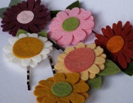Fermagli per capelli da bambina: fiori e cuori in feltro di HeyMyeMye