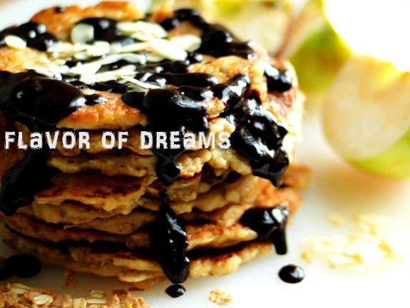 oatmeal pancakes with bananas and apples