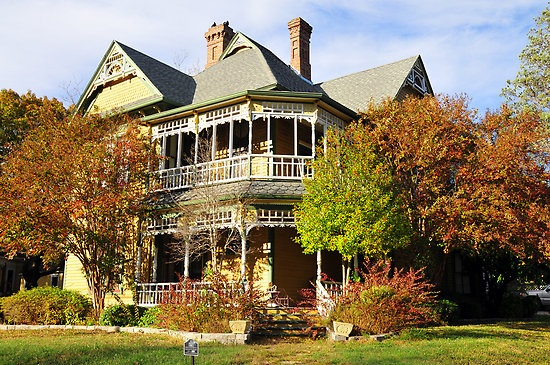 Victorian Home Waxahachie, Texas: Victorian Edwardian Houses, Victorianishy Houses, Architecture Usa Victorian, Texas Home, Homes, Dream Houses, Beautiful Victorian, Victorian Painted Ladies Queen, Victorian Houses