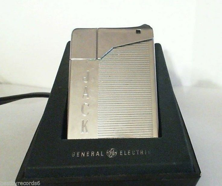General Electric (GE) Rechargeable Cigarette Pipe Lighter Chrome 1964 W/Charger